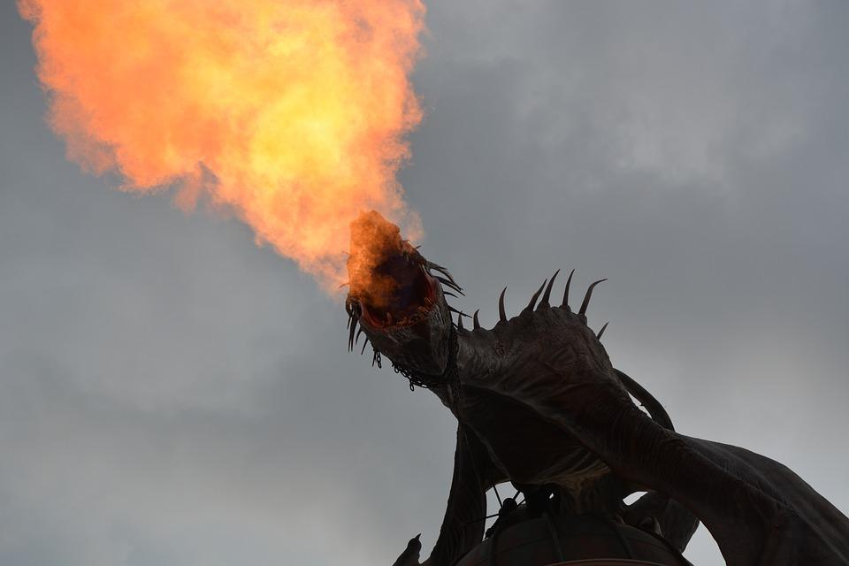 drago spinato sputa fuoco harry potter