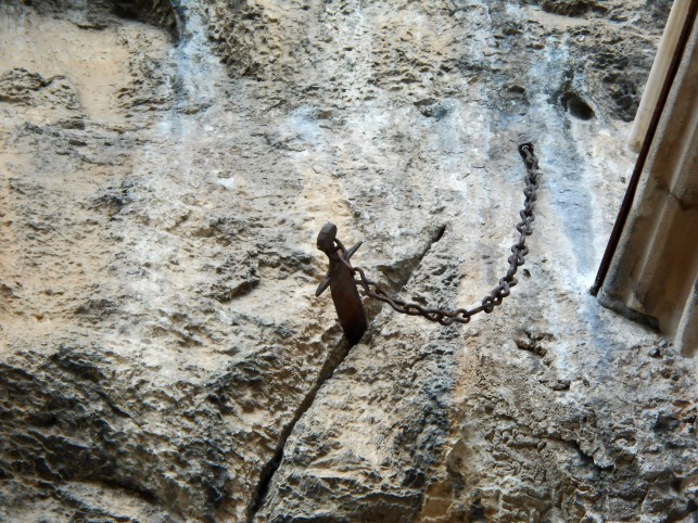 spada nella roccia rocamadour durendal durlindana orlando