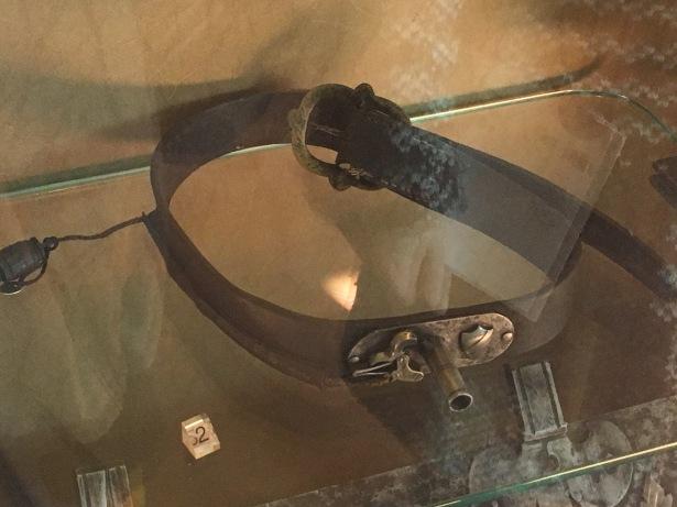cintura cinturone pistola gunblade autodifesa