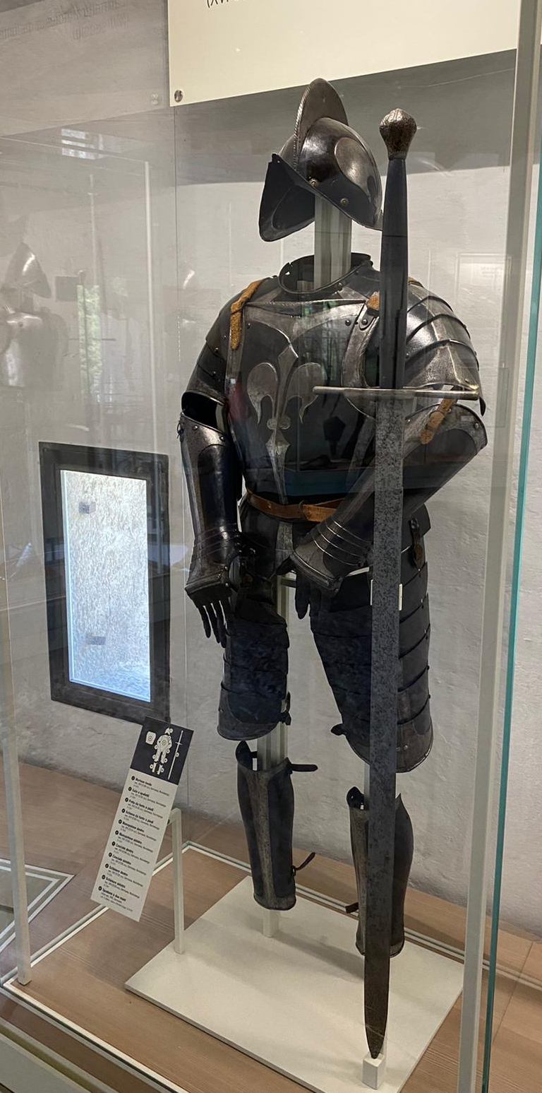 spadone al museo della guerra di Rovereto